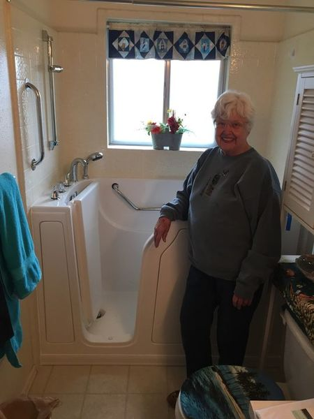 Benefits of Walk in Tubs in Leland by Independent Home Products, LLC